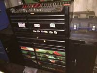 Large limited edition snap on tool box