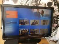"""42""""lg tv 31"""" crown tv"""