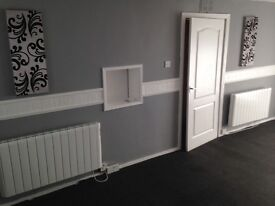 Spacious 2 bedroom Unfurnished flat to let