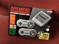 Nintendo Mini SNES Super Nintendo Entertainment system with 21 games