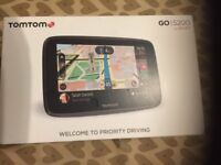 "TomTom GO 5200 5"" Wireless Sat Nav - World Maps. NEW IN BOX."