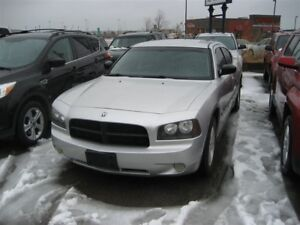 2006 Dodge Charger nice sporty car