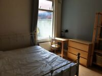 (ALL BILLS INCLUDED).. LOVELY DOUBLE ROOM AVAILABLE 1st June IN HARRINGEY, N4 1LE..£590pcm