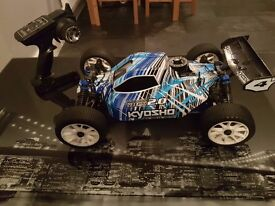 USED RC NITRO KYOSHO DBX 2.0 WITH ALL ITS RADIO GEAR GOLW STARTER+CHARGER+FUEL BOTTLE, FREE POSTAGE