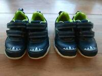 Clarks Kids Boys Shoes Trainers 2 pairs dinosaurs both size 6.5 F light up very good condition