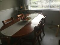 Large extending Dining Table +6 Chairs