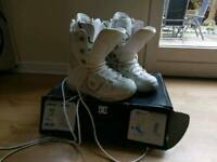 DC Snowboarding boots size 9