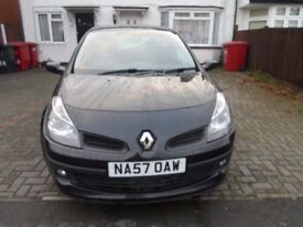 RENAULT CLIO IN AUTOMATIC GREAT CONDITION