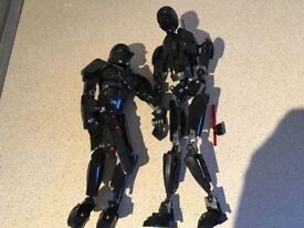 Lego Star Wars figures buildable