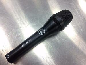 Micro vocal dynamique AKG Perception P5  **excellente condition**   #F020551