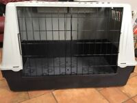 Large Atlas dog crate excellent cllean condition