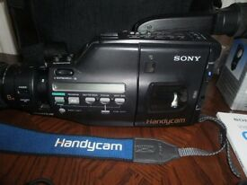 Sony Handycam Video 8 CCD-F455E. Spares only not working