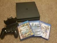 PlayStation 4 Slim 500gb (Gta V & UFC)
