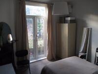 Double Room in Dalston/De Beauvoir