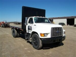 1996 Ford F-Series FLATBED TRUCK