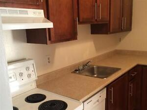 Colonial Court - 3 bedroom Apartment for Rent