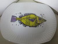 Vintage Retro Decorative Fish Plate - Washington Pottery Aquarius Aquarious