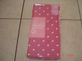 Pink/White Sheet Set