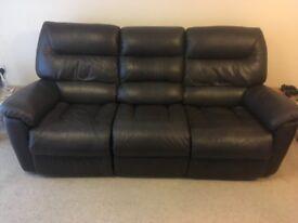 La-Z-Boy Brooklyn 3 Seater Power Recliner Sofa in Chocolate (Dark Brown)