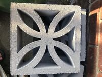 30 Concrete Screen Blocks