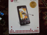 LG KP500 32GB BOXED LIKE NEW WITH ALL EXTRA,S AND SPARE BATTERY.