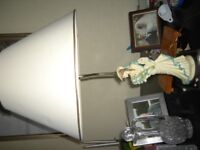 Gorgeous statue table lamp on wooden plinth Zoom into this picture to see its gorgeous detail