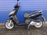 MINT 2015 PEUGEOT KISBEE 50CC SPORTS SCOOTER , HPI CLEAR , LOW MILES