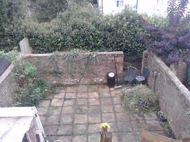 Spacious 2 bedroom flat in Harrow Rd, West Worthing for rent.