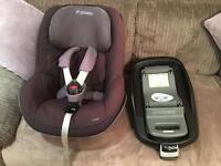 Maxi Cosi Pearl Car Seat & Isofix Family Base