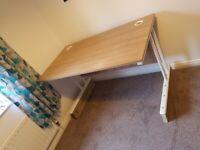 1400 x 800 office desk on risers