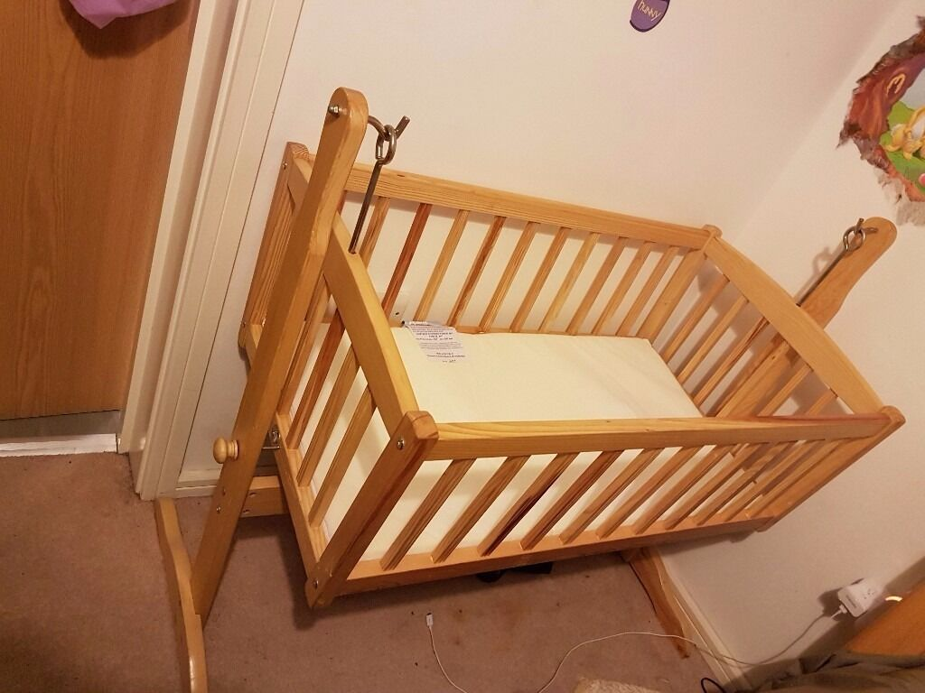 Crib for sale in bangalore - Crib For Sale Gumtree Swinging Crib For Sale Image 1 Of 2