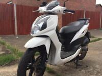 Sym SR (50cc) Scooter Moped White VERY LOW MILEAGE