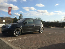 2004 Renault Clio 182 FF - Great condition - 78K - £3300 ONO with winter wheels - good modifications