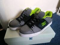 For sale DC skate shoes size 11