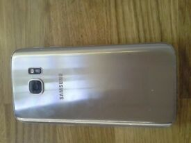 Samsung S7. Gold. Good condition. Locked to O2.