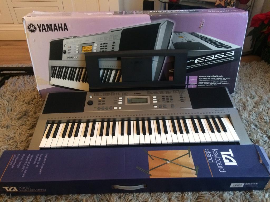yamaha psr e353 digital keyboard in wickford essex. Black Bedroom Furniture Sets. Home Design Ideas