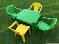 Childs table and 4 chairs
