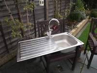 stainless steel sink + chrome mixer tap