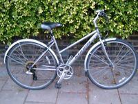 Nice ladies Marin hybrid bike