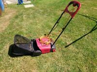 Mountfield Electric Lawn Rake / Sarifier