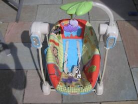 Baby bouncer with music & vibration - Fisher Price