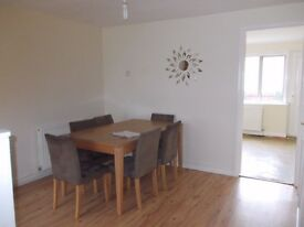 TWO BED MID TERRACE ALBANY