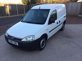VAUXHALL COMBO 2011 (61) ONE OWNER NO VAT LOW MILEAGE FULL HISTORY