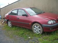 Toyota Avensis 1999 1.8 GS breaking for parts