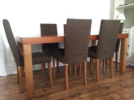 Oak Veneer Dining table (+ 6 chairs)