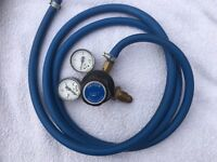 Single Stage Oxygen Regulator with Hose