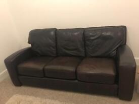 Leather settee - Cost a genuine £4,500 new