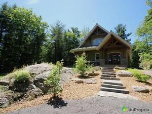 442 000$ - Maison 2 étages à vendre à Val-Des-Monts