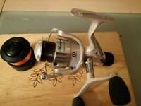 Shakespeare mach 1xt fishing reel