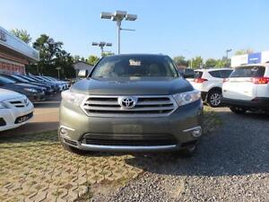2013 Toyota Highlander LIMITED + NAVIGATION 7 PASSENGER